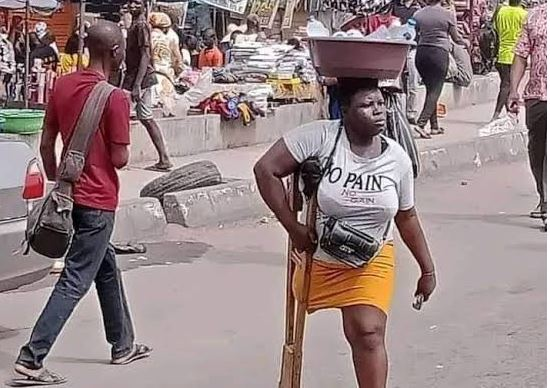 Photo of Lagos withholds N25million donation after detecting lies in viral amputee hawker's claim