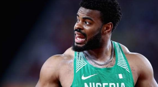 """Photo of """"When you made it to the Olympic finals and you only have one jersey"""" – Nigerian Shotput finalist, Chukwuebuka Enekwechi, films himself washing his only jersey (Photo)"""