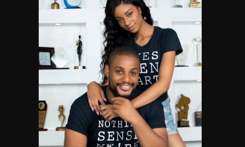 Photo of Actor Alexx Ekubo & Model Fancy Acholonu unfollow each other and delete their joint IG account amid breakup rumours months before their wedding