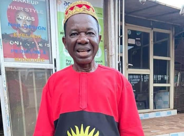 Photo of Actor Chinwetalu Agu dons Biafran flag outfit (photo)